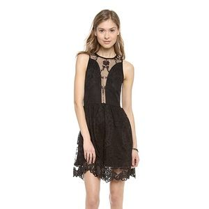NWT LULU LACE DRESS